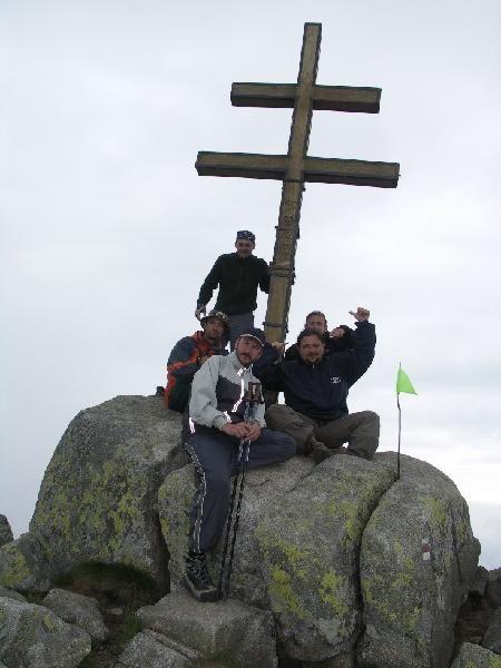 Všichni přilezou ke kříži, jojo pane faráři !!!